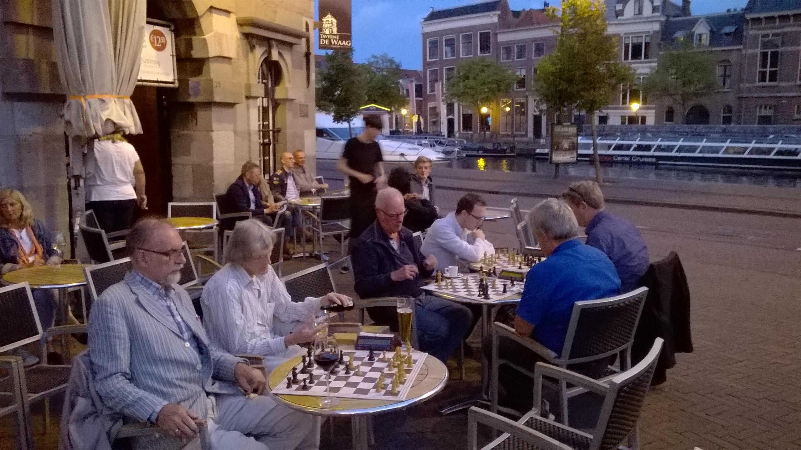 Zomerschaak in Taverne de Waag